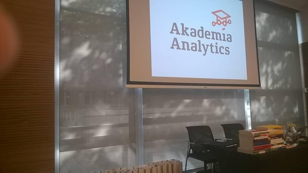 Wrażenia po Akademii Analytics Macieja Lewińskiego
