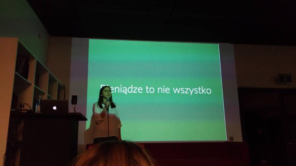 ania-zdrojewska-crash-modays-5-01